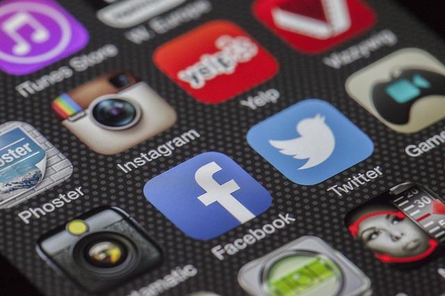 רשתות חברתיות לפרסום האתר